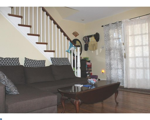Row/Townhouse, Colonial - UPPER DARBY, PA (photo 4)