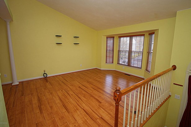 Split Foyer, Detached - Vinton, VA (photo 4)