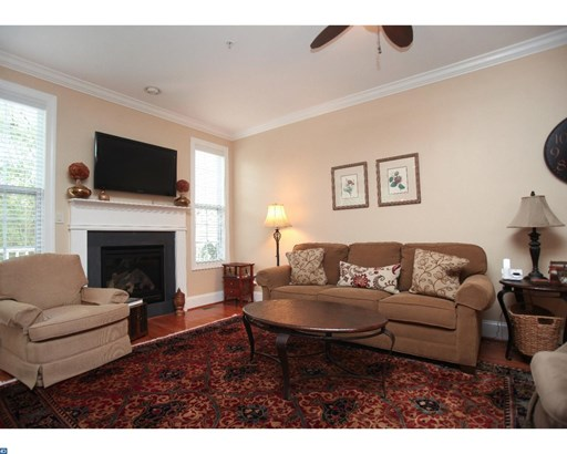 Row/Townhouse, Traditional - CONSHOHOCKEN, PA (photo 5)