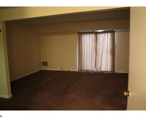 Colonial, Row/Townhouse/Cluster - GLOUCESTER TWP, NJ (photo 4)