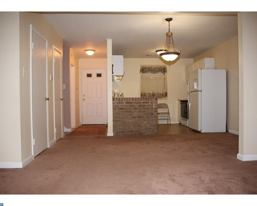 Colonial, Row/Townhouse/Cluster - GLOUCESTER TWP, NJ (photo 5)