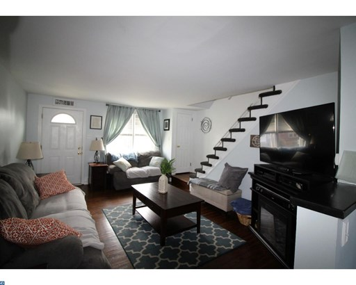 Row/Townhouse, Colonial - DREXEL HILL, PA (photo 4)