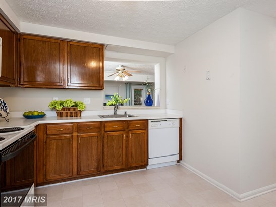 Townhouse, Traditional - ELKRIDGE, MD (photo 5)