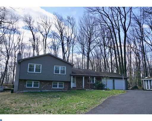 Contemporary, Detached - EAST GREENVILLE, PA (photo 2)