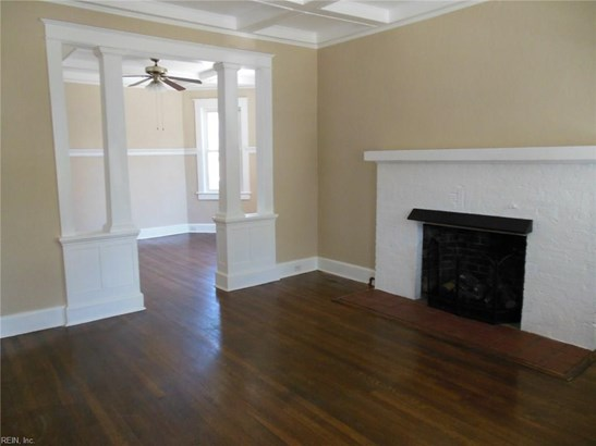 Colonial, Single Family - Norfolk, VA (photo 2)