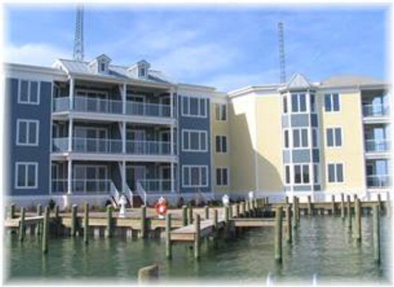 Contemporary,Condo,Beach House, Condo - Chincoteague, VA (photo 1)