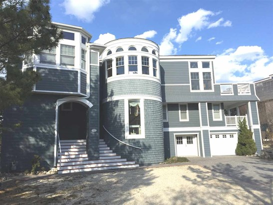 Contemporary, Three Story, Single Family - Long Beach Township, NJ (photo 1)