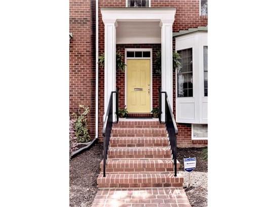2-Story, Rowhouse/Townhouse, Single Family - Richmond, VA (photo 2)