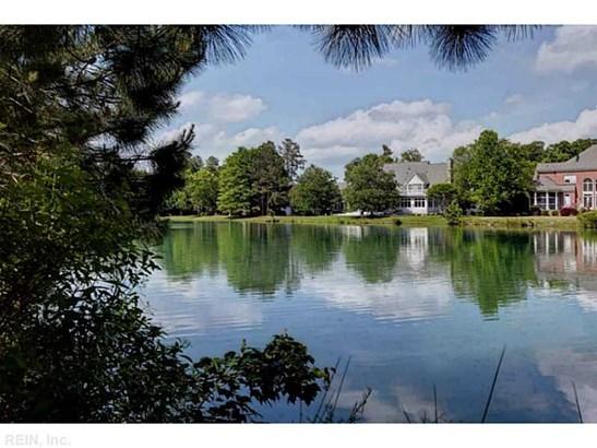 Transitional, Single Family - James City County, VA (photo 2)