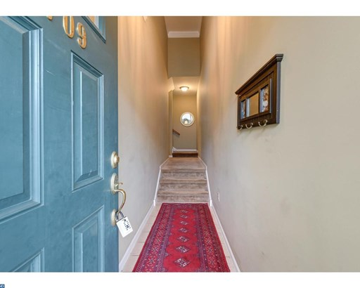 Row/Townhouse, Colonial - DOWNINGTOWN, PA (photo 2)