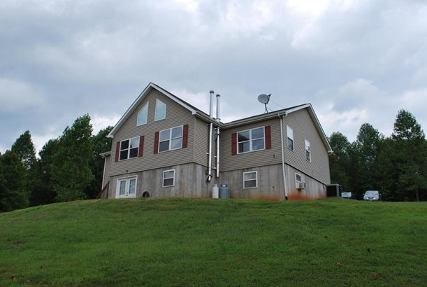 1 & 1/2 Story, Residential - Bedford, VA (photo 1)