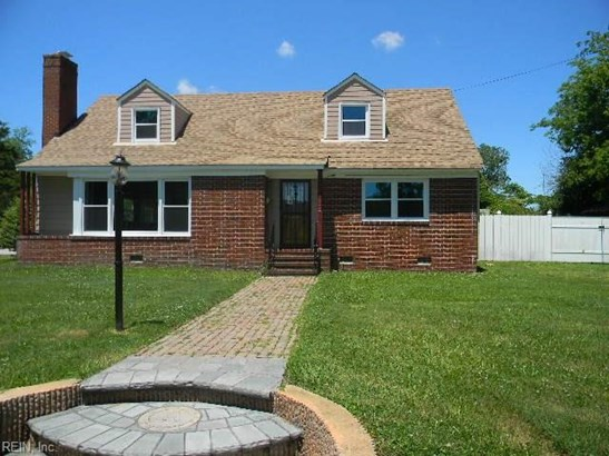 Colonial, Single Family - Hampton, VA (photo 1)