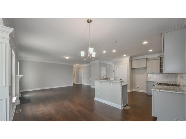 Transitional, Single Family - Moseley, VA (photo 4)