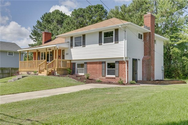 Tri-Level, Single Family - Hampton, VA (photo 2)