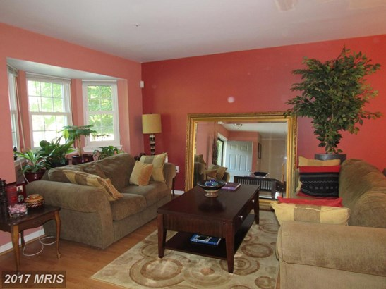 Townhouse, Colonial - CAPITOL HEIGHTS, MD (photo 3)