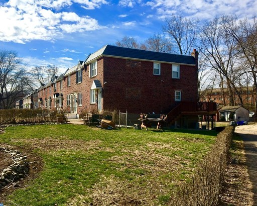 Row/Townhouse, Colonial,StraightThru - GLENOLDEN, PA (photo 2)
