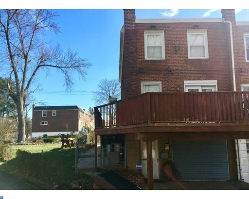 Row/Townhouse, Colonial,StraightThru - GLENOLDEN, PA (photo 3)