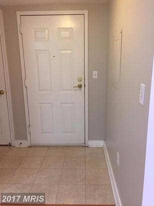 Mid-Rise 5-8 Floors, Colonial - ARLINGTON, VA (photo 2)