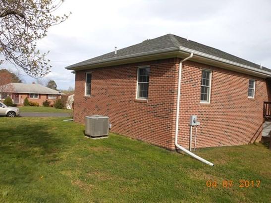 Residential, Ranch - Crewe, VA (photo 3)