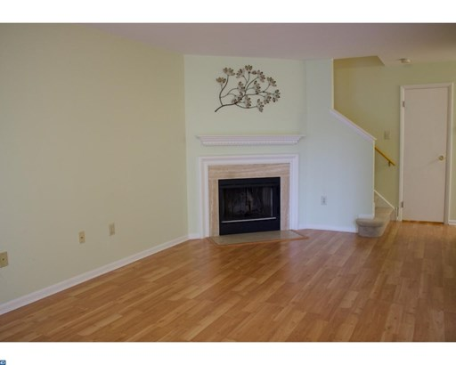 Row/Townhouse, Traditional - MONTGOMERYVILLE, PA (photo 3)