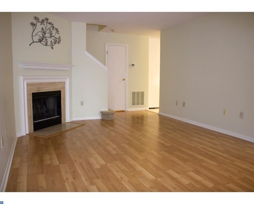 Row/Townhouse, Traditional - MONTGOMERYVILLE, PA (photo 4)