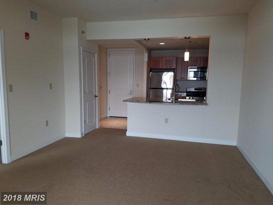 Hi-Rise 9+ Floors, Contemporary - NORTH BETHESDA, MD (photo 3)