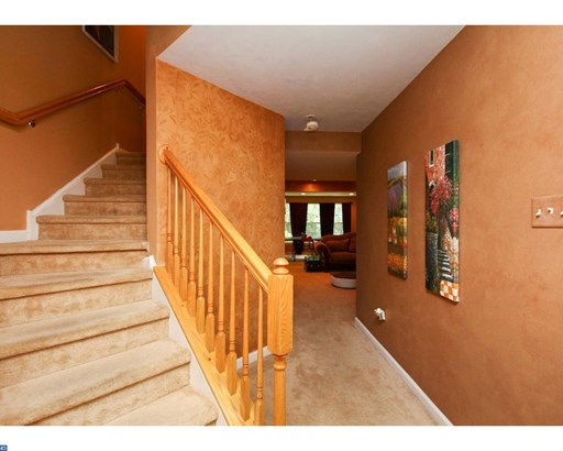 Row/Townhouse, Contemporary - SICKLERVILLE, NJ (photo 2)