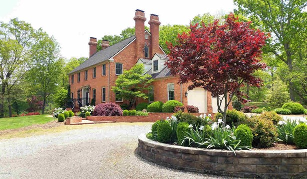 Colonial, Detached - Christiansburg, VA (photo 5)