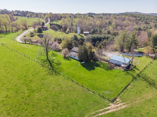 Farm House, Detached - Riner, VA (photo 2)