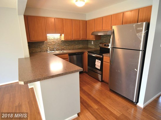 Townhouse, Colonial - ROSEDALE, MD (photo 3)