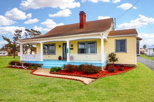 Cape Cod,Beach House, Single Family - Chincoteague, VA (photo 1)
