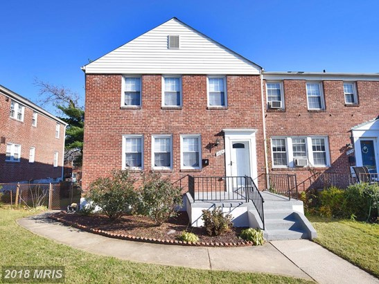 Semi-Detached, Colonial - TOWSON, MD (photo 1)