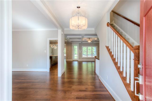 Cottage/Bungalow, Craftsman, Single Family - Richmond, VA (photo 3)