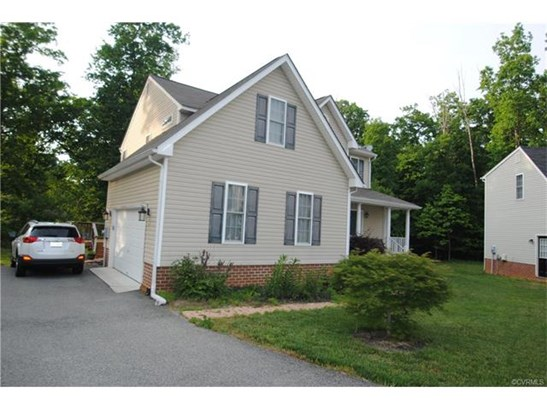 2-Story, Transitional, Single Family - North Chesterfield, VA (photo 3)