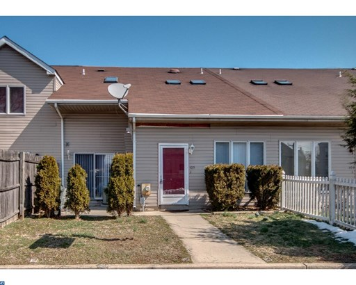 Row/Townhouse, Contemporary - MORRISVILLE, PA (photo 1)