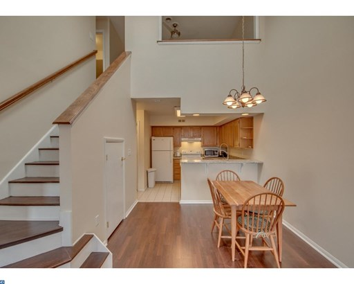Row/Townhouse, Contemporary - MORRISVILLE, PA (photo 5)
