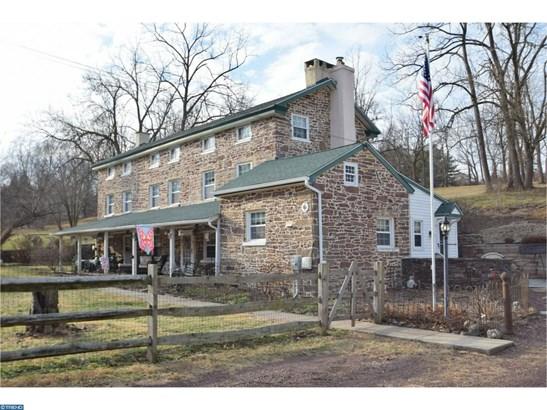 Colonial,Farm House, Detached - COLLEGEVILLE, PA (photo 2)