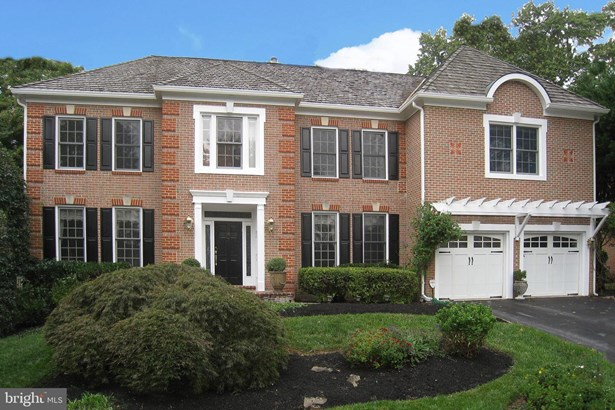 Detached, Single Family - NORTH POTOMAC, MD