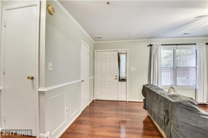 Transitional, Townhouse - GAITHERSBURG, MD (photo 2)