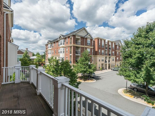 Townhouse, Colonial - HERNDON, VA (photo 3)