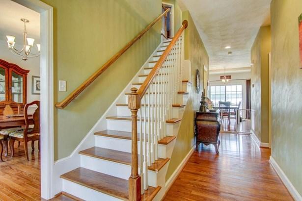 Residential, 2 Story - Salem, VA (photo 3)