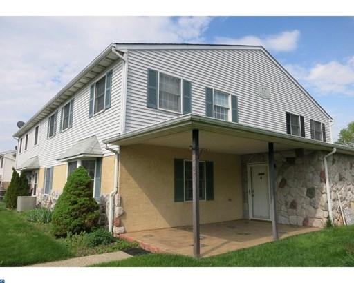 Row/Townhouse, EndUnit/Row - BLUE BELL, PA (photo 2)