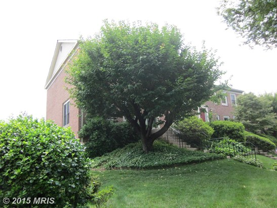 Townhouse, Colonial - FALLS CHURCH, VA (photo 3)