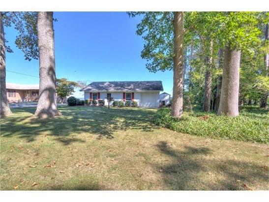 Ranch, Single Family - Essex, VA (photo 4)