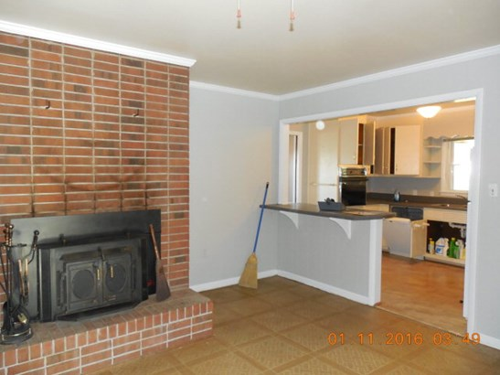 Residential/Vacation, 1 Story - Lawrenceville, VA (photo 3)