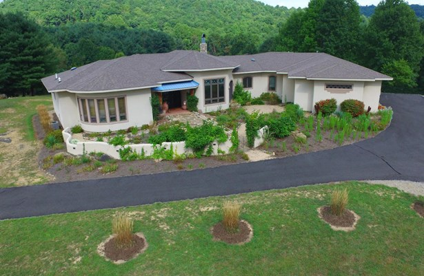 Residential, Ranch - Bent Mountain, VA (photo 1)