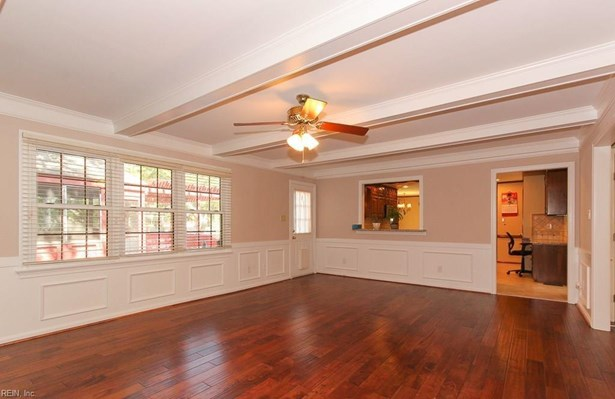 Transitional, Single Family - Virginia Beach, VA (photo 3)