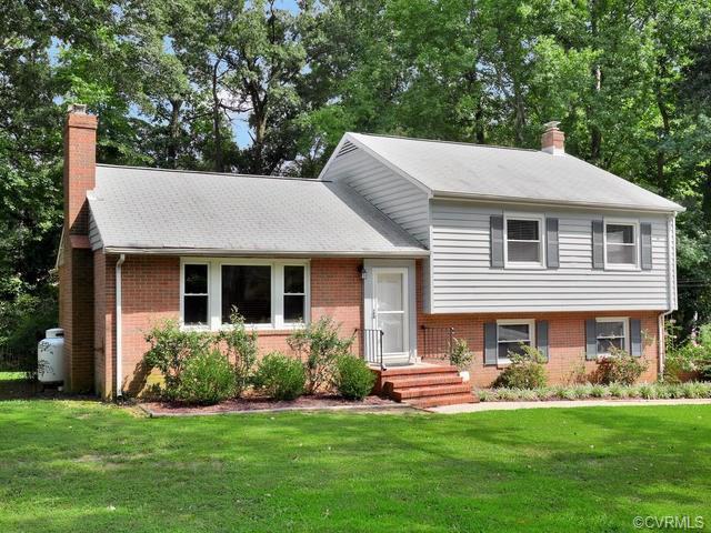 Tri-Level/Quad Level, Single Family - Richmond, VA (photo 2)