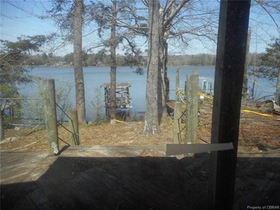 Cottage/Bungalow, Single Family - Gloucester, VA (photo 3)