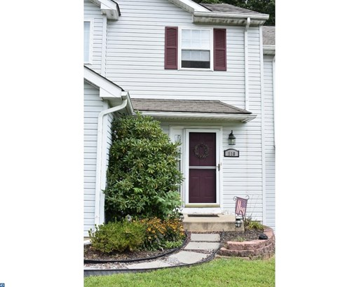 Row/Townhouse, Traditional - COATESVILLE, PA (photo 1)